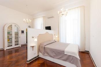 Apartment - Garibaldi I - Featured Image  - #0