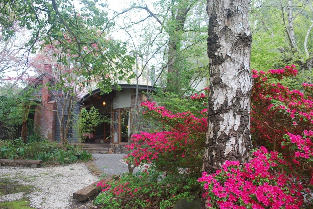 Rocky Creek Art Garden B&B