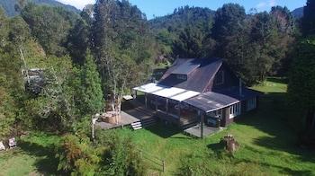 Photo for Mareas Ralun Lodge in Cochamo