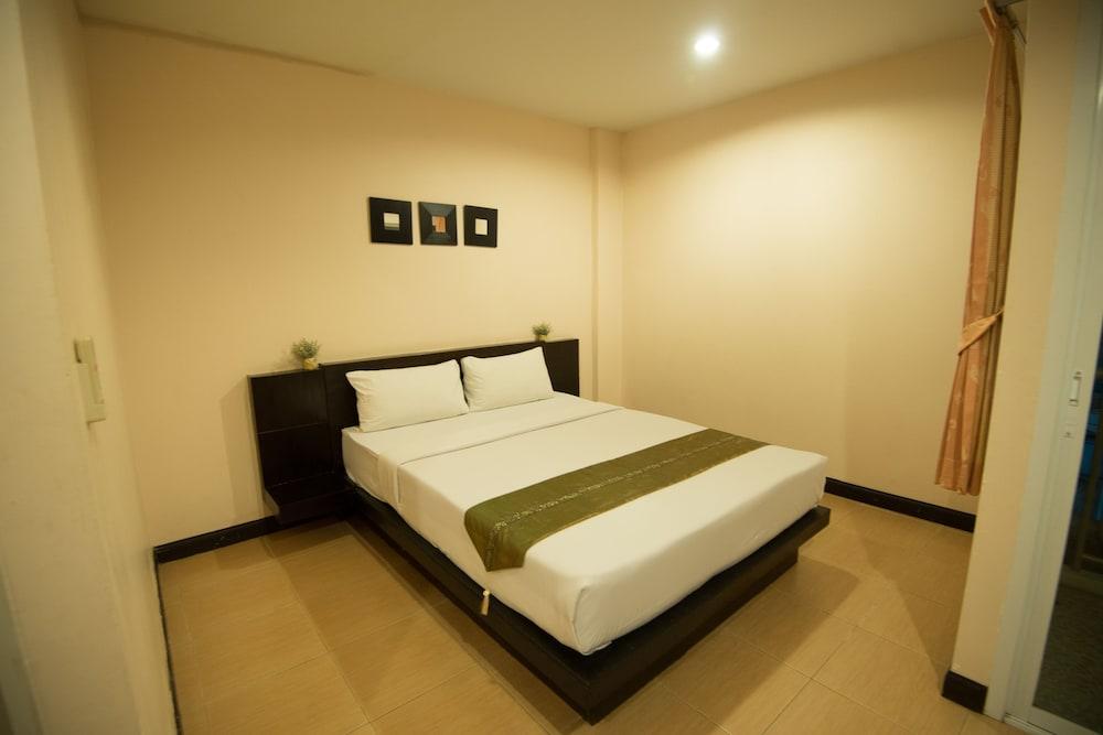 Baan Vor Sumongkol Services Apartment