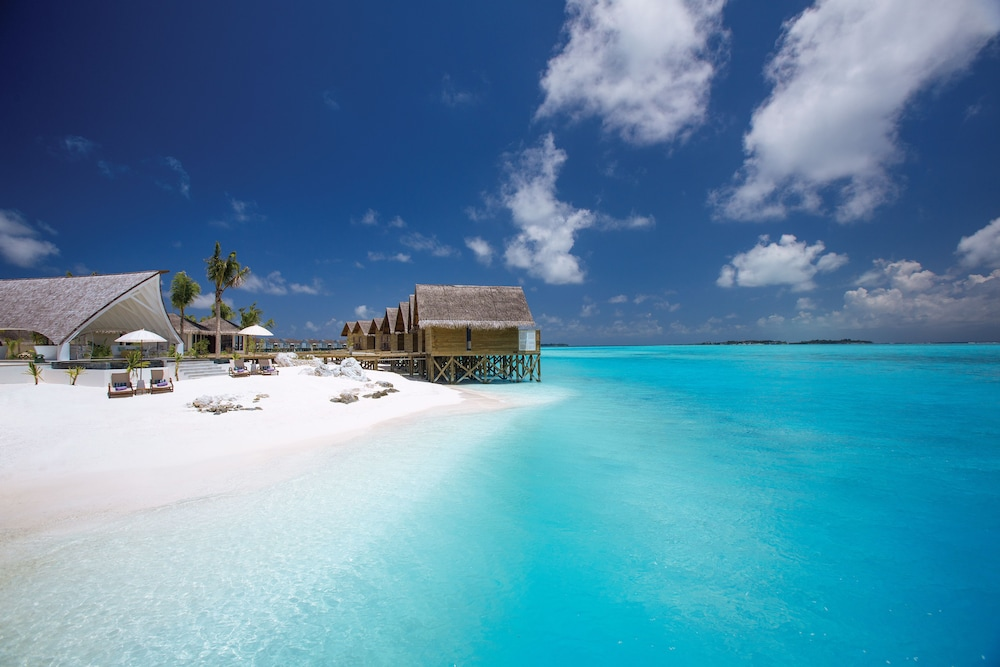OZEN by Atmosphere at Maadhoo – A Luxury All Inclusive Resort