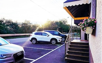 Hotel Floret - Parking  - #0