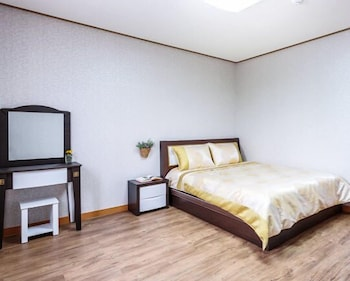 Photo for Mendorong House in Seogwipo