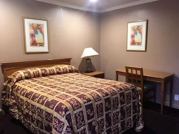 Mission Motel Lynwood in Lynwood, California