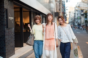 a-STYLE Shinsaibashi – Caters to Women - Exterior  - #0
