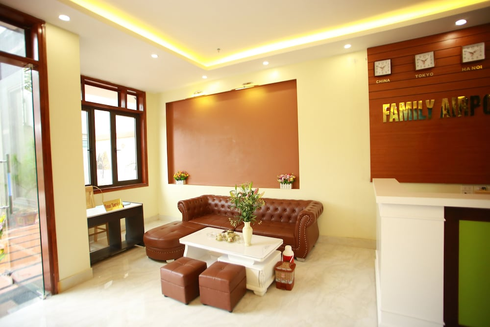 Family Airport Hotel