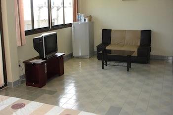 Laemya Inn - Living Area  - #0