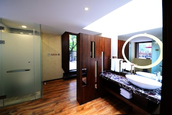 Nanjing Yisu Hotel - Bathroom  - #0