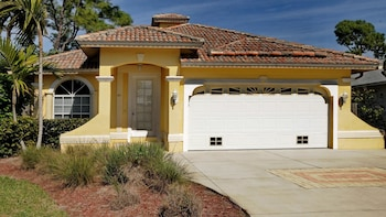 Tuscan 3 Bedroom Holiday Home by Naples Florida