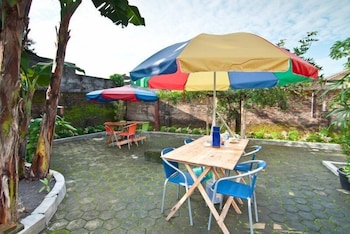 Omah Sabah Bed and Breakfast - Property Grounds  - #0