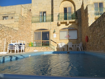 Orchid House Bed and Breakfast - Outdoor Pool  - #0