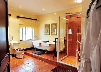 Toadbury Hall Country Hotel - Bathroom  - #0