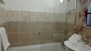 Ledimor Guesthouse - Bathroom  - #0