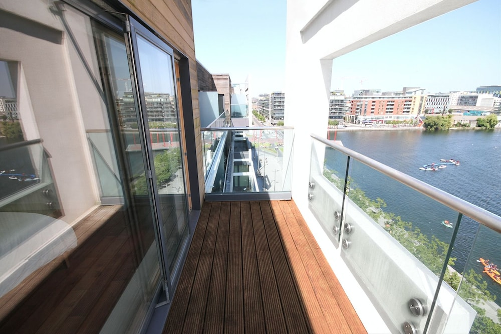 Grand Canal Quay Penthouse