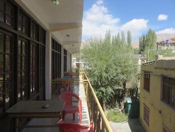 Hotel Maryul - Balcony  - #0