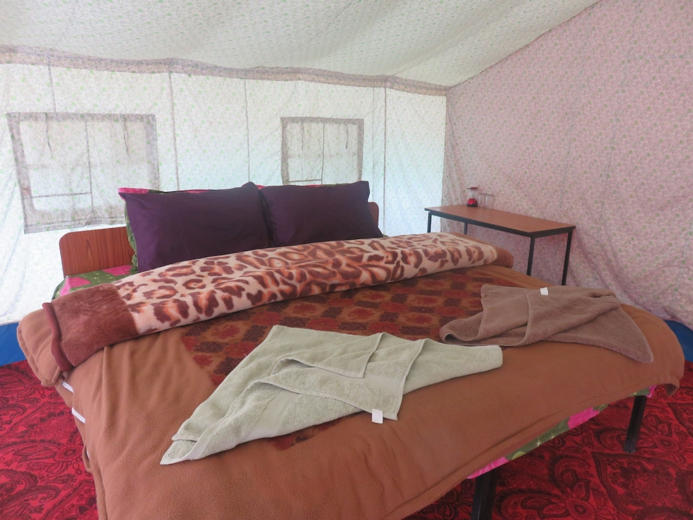 Camp BlueWaters - Pangong