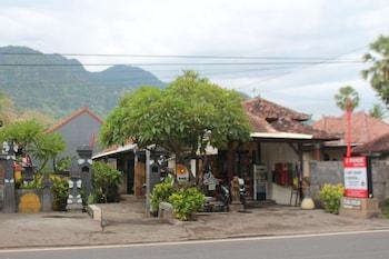 Pande Guest House Pemuteran - Street View  - #0