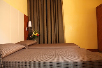 Federica's Guest House in Rome - Guestroom  - #0