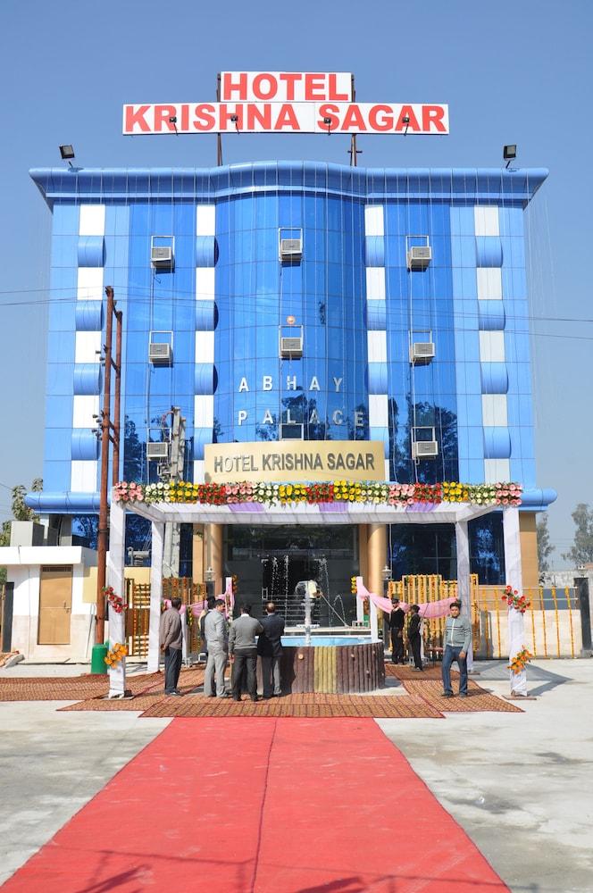 Hotel Krishna Sagar NH24