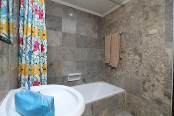 Airy Pontianak Selatan Imam Bonjol 111 - Bathroom  - #0