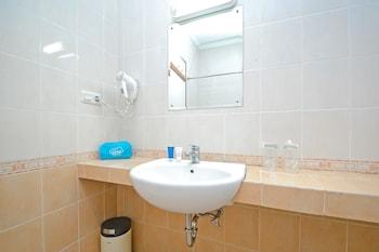 Airy Sukasari Sindang Sirna Elok 9 Bandung - Bathroom  - #0