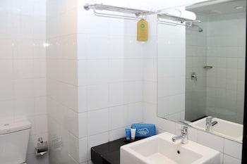 Airy Pontianak Selatan Ayani Perdana 8 - Bathroom  - #0