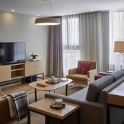 逸蘭森蘭服務式公寓