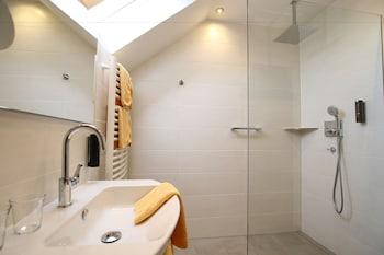 Straubs Schöne Aussicht - Bathroom  - #0