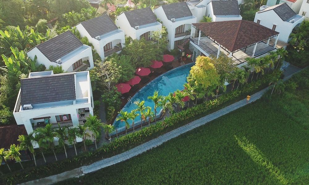 Azumi Villa Hotel