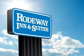 Rodeway Inn & Suites in Cullowhee, North Carolina