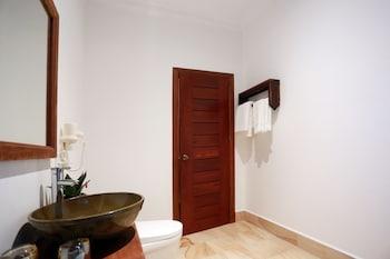 Mony Suite Boutique Hotel Siem Reap - Bathroom  - #0