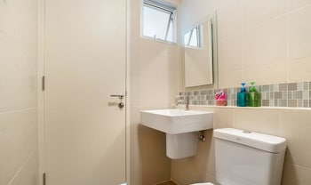 Baan Peang Ploen By Favstay - Bathroom  - #0