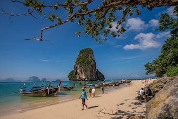 Maneetel Krabi Beachfront - Beach  - #0