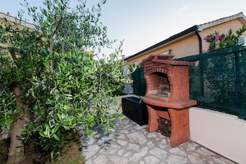 Photo for Bungalow with pool stunning view in Porec