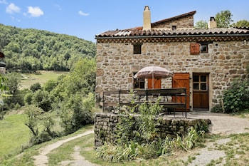 Photo for Rustic Saint Basile house in Saint-Basile