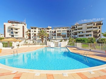 Photo for Sunny Agde apartment in Agde