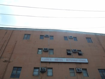 Larex International Hotel in Lagos (and vicinity)