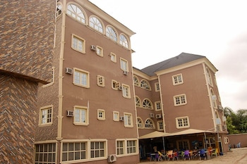 D1 Hotel & Suites in Lagos (and vicinity)