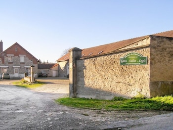 Photo for Comfortable Monthenault House in Monthenault