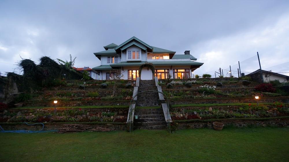 Sanctuary Hills
