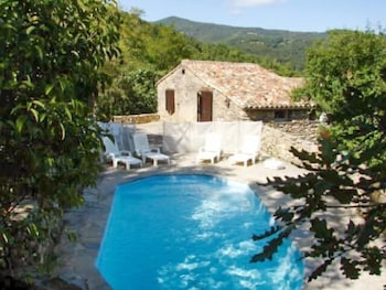 Photo for Rustic two bedroom house w/pool 05895369 in Cros