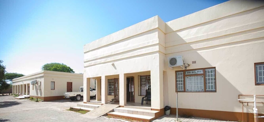 Nkanga Hotel