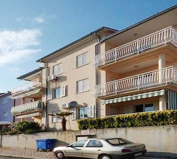 Photo for Three bedroom apartment w sea view 08467061 in Labin