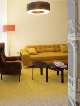 黃金公寓飯店