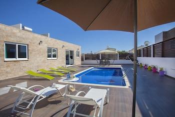 Photo for Golden Dream Villa in Larnaca