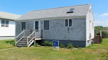 New Silver Beach Cottage