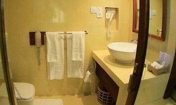 Cinnamon Palace Hotel - Bathroom  - #0