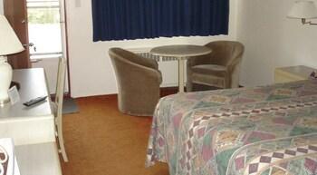 Martin's Inn - Guestroom  - #0
