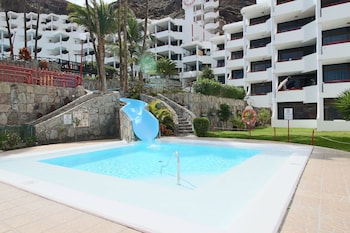 Photo for Nice apartment with pool and a few meters from Playa Cura in Mogan