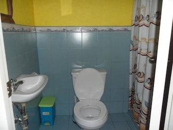 Villa Limpia Beach Resort - Bathroom  - #0
